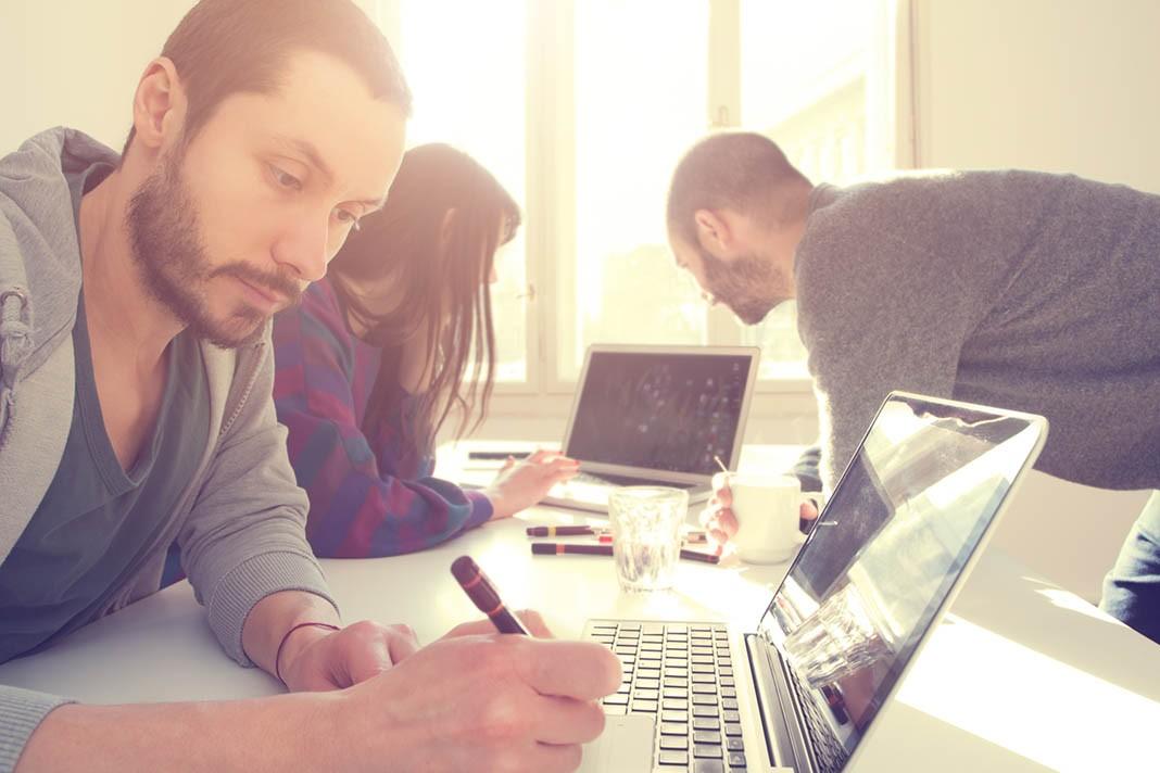 Teams und Projekte Social-Business-Plattformen im Überblick