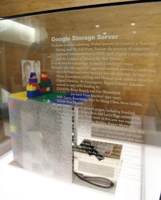 Bild: Erster Google Server/Stanford OTL