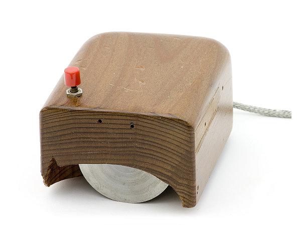 Bild: Prototype Engelbart mouse (replica)/Mark Richards