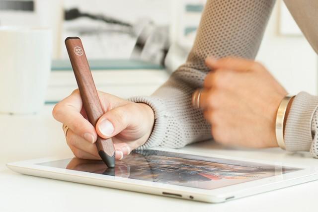 Digitaler Stift auf iPad