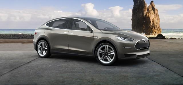 Tesla Model X: SUV kombiniert mit den Vorteilen eines Minivans (Bild: Tesla Motors)
