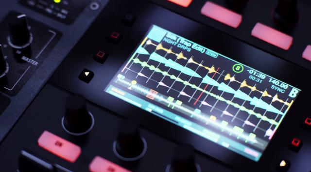 Neue DJ-Controller machen Musik auch sichtbar