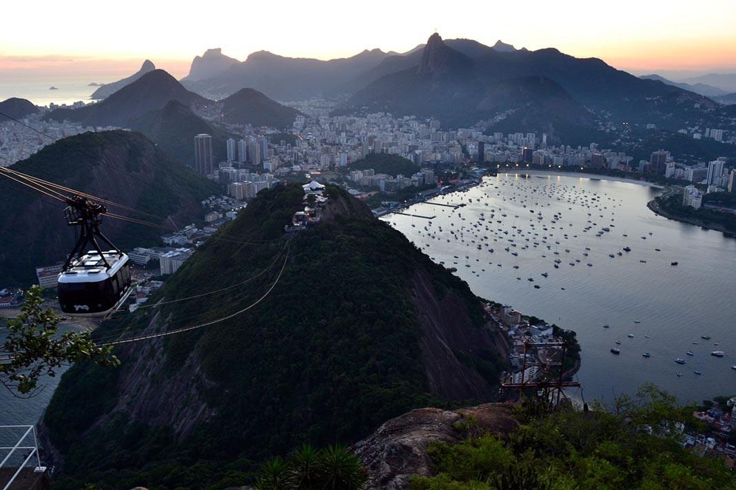 Blick vom Zuckerhut auf Rio