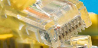 Das Breitband in Deutschland ist langsamer als gedacht. Anbieter versprechen, halten ihre Verträge aber nicht.