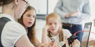 Girls' Digital Camps